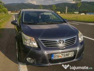 second-hand Toyota Avensis T27, 2009