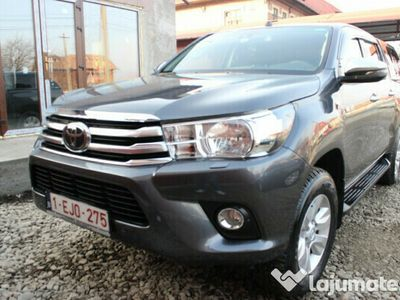 second-hand Toyota HiLux 2.4D 150cp