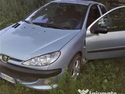 second-hand Peugeot 206 - 2001 - 2.0 diesel - Proprietar acte Italia