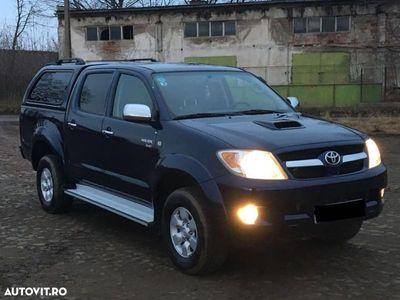 second-hand Toyota HiLux 2500 cmc, diesel, Negru, 200000 km, 4 x airbag
