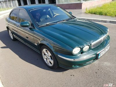 second-hand Jaguar X-type 2.0D PROPRIETAR de 10 ani