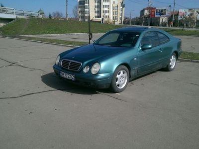 second-hand Mercedes CLK200