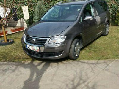 second-hand VW Touran 1,9 TDI 105CP IMPECABILĂ