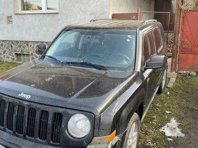 second-hand Jeep Patriot sa schimb cu trailer auto minim 5m