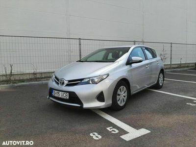 second-hand Toyota Auris 1.4
