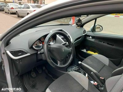 second-hand Peugeot 207 95