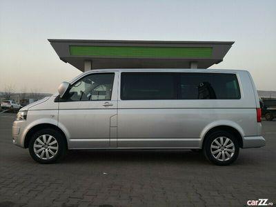 second-hand VW Caravelle Lung 8+1 loc. 2,0 tdi 180cp an 2013 DSG 7 Vit