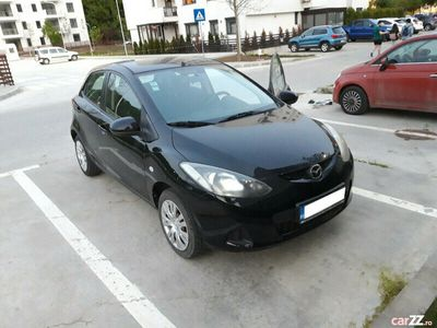 second-hand Mazda 2 benzina