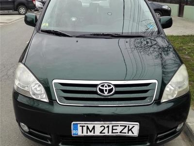 second-hand Toyota Avensis Verso