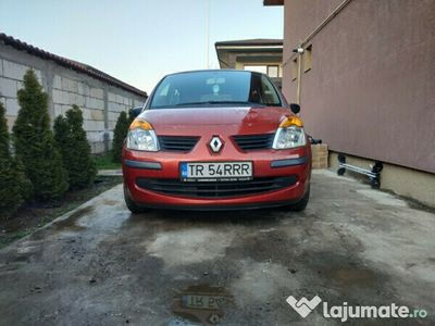 second-hand Renault Modus 82000km,unic proprietar pensionara 90 ani