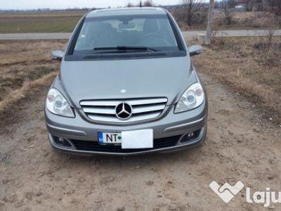 second-hand Mercedes B180 cdi panoramic