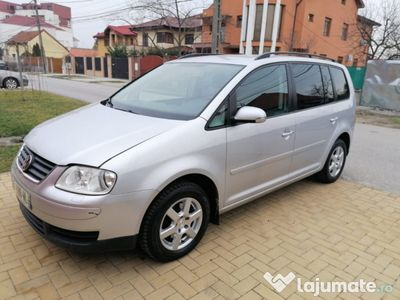 second-hand VW Touran 2006