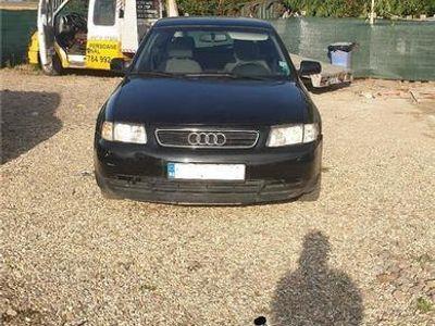 second-hand Audi A3 an 2000 acte la zi inmatriculat ro 1.6 benzină