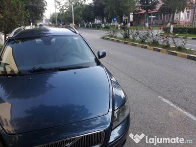 second-hand Volvo V50 rar efectuat