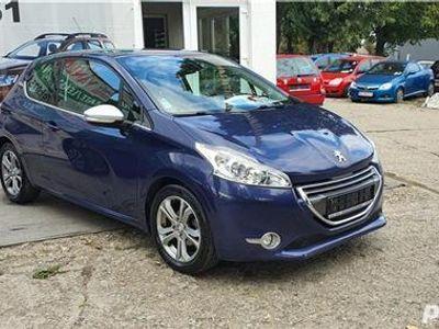 second-hand Peugeot 208 2013,1.6Diesel,Euro 5,NAVI,Finantare Rate