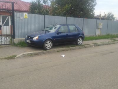 second-hand Ford Fiesta 1.3 benzina 2001