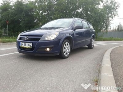 second-hand Opel Astra 1.6 16v benzina 105 cp break