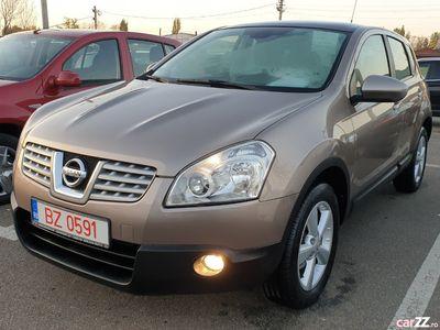"second-hand Nissan Qashqai TEKNA/ 4 X 2/Navi Color/Panoramic/Jante 17"""