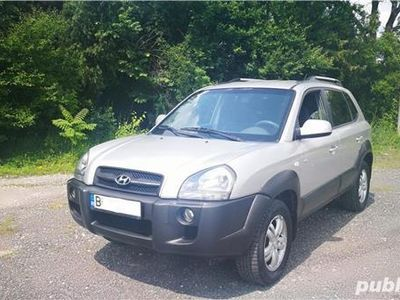 second-hand Hyundai Tucson 4X4 /2.0 Benzina / NAVIGATIE DEDICATA / IMPECABILA