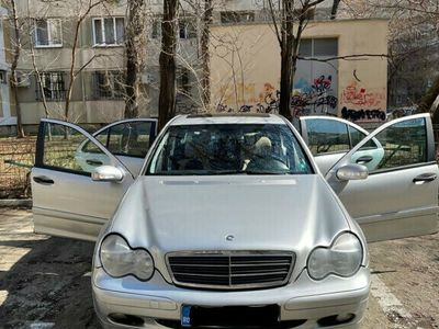 second-hand Mercedes C180 Benzina + GPL
