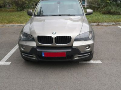 second-hand BMW X5 e70