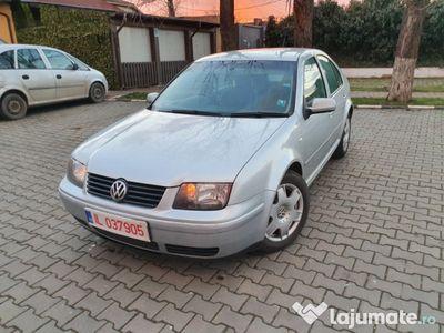 second-hand VW Bora 1.9tdi 131cp / 2003 / Nr rosi Valabile