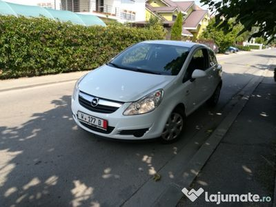 second-hand Opel Corsa 2010 benzina ieftin