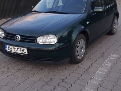 second-hand VW Golf IV 1.4 benzina 16 valve