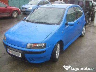 second-hand Fiat Punto Sporting 1.2 16v 80cp