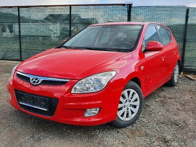 second-hand Hyundai i30 Hatchback 1.6CRDi 90 cp euro 5
