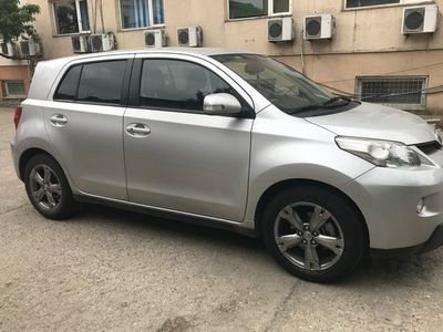 second-hand Toyota Urban Cruiser Hatchback 1.3 benzina