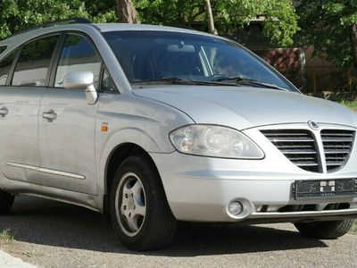second-hand Ssangyong Rodius RD