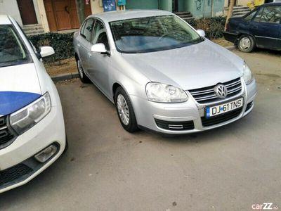 second-hand VW Jetta 1.6 FSI benzina inmatriculata