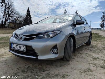 usado Toyota Auris II