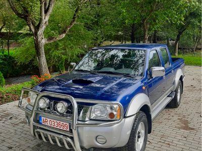 second-hand Nissan Navara 4x4 d22 2.5 TDI 2004 nr valabile