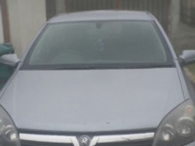 second-hand Opel Astra 2005 1,6 b Anglia