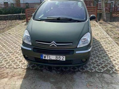 second-hand Citroën Xsara Picasso 1.8i