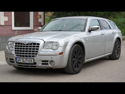second-hand Chrysler 300C