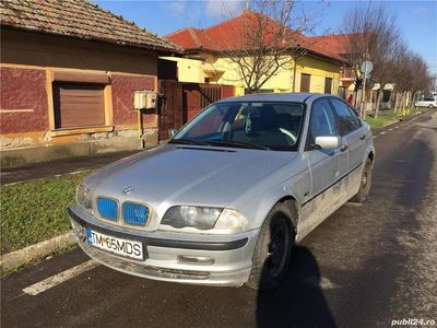 second-hand BMW 318 i E46 Defect Pentru Dezmembrat.