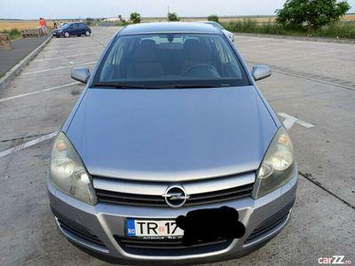 second-hand Opel Astra 1.8 benzina 125 cp 2004