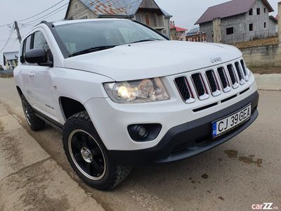 second-hand Jeep Compass 2.2cdi 163cp 4X4 OFF-ROAD chit de inaltare jant