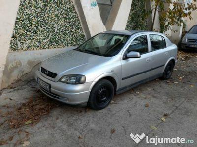 second-hand Opel Astra elegance 1.6 benzina an 2004