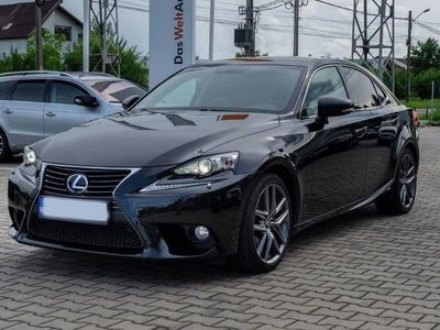 second-hand Lexus IS300h Business