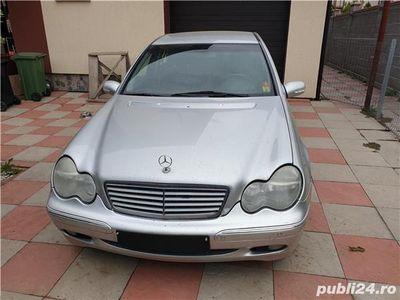 second-hand Mercedes C220 Clasa