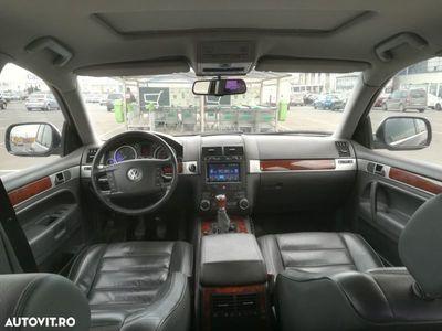 second-hand VW Touareg full option, piele, navigație, proprietar in acte