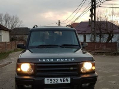 second-hand Land Rover Discovery td5 2.5 diesel 4x4 volan dreapta manual