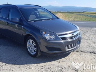 used Opel Astra an 2011 1.7