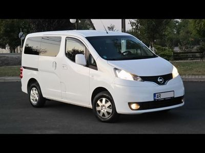 second-hand Nissan NV200