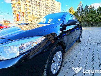 second-hand Renault Fluence negru ca abanosul, astept si provincia