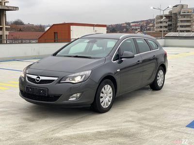 second-hand Opel Astra Innovation 2.0Diesel 165CP Bi-Xenon Led Navi
